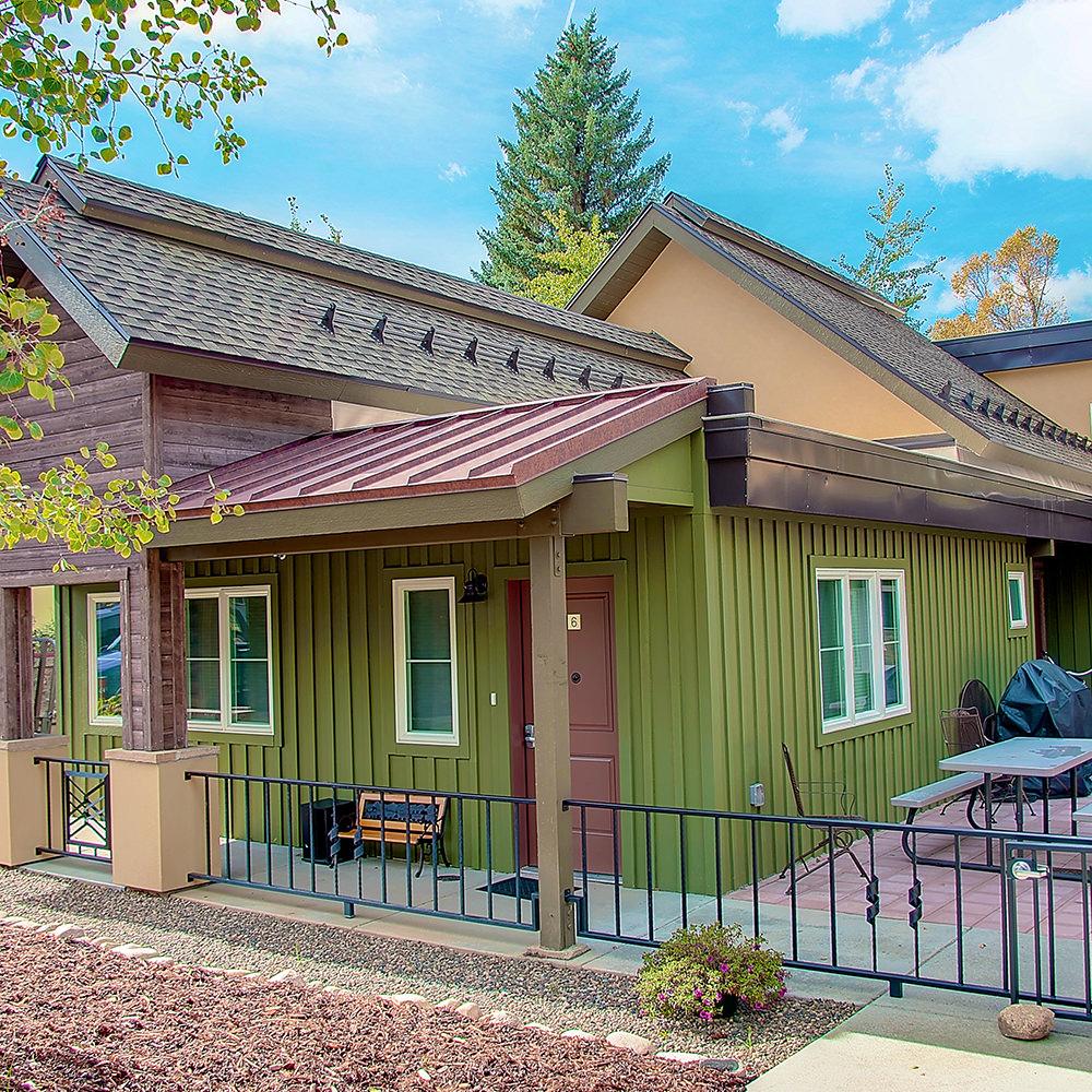 Mountain Creek Apartments: Mountain Architecture Design Group